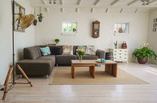 6 Money-Making Tips for Selling Furniture